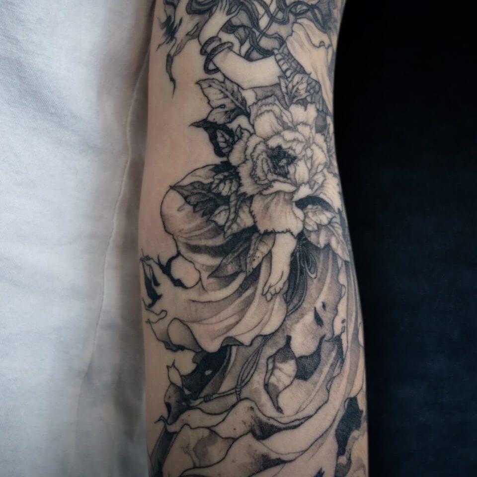 tatouage-femme-geisha